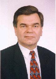 В.Кремень
