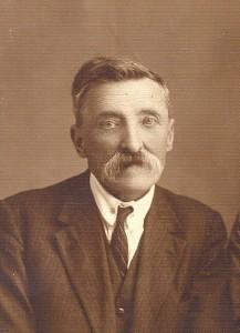 М. Левицький